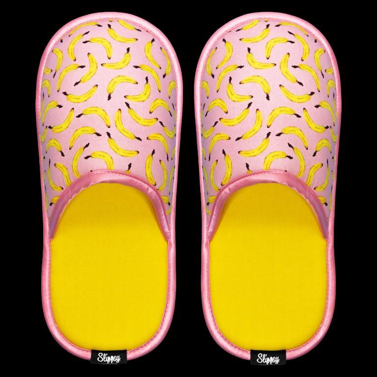 růžové pantofle s banány